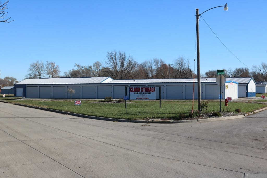 Shenandoah self-storage units - Southwest/8th ave